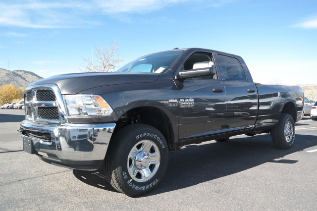 2018 Ram 2500 Crew Cab 4x4,  Pickup #181083 - photo 1