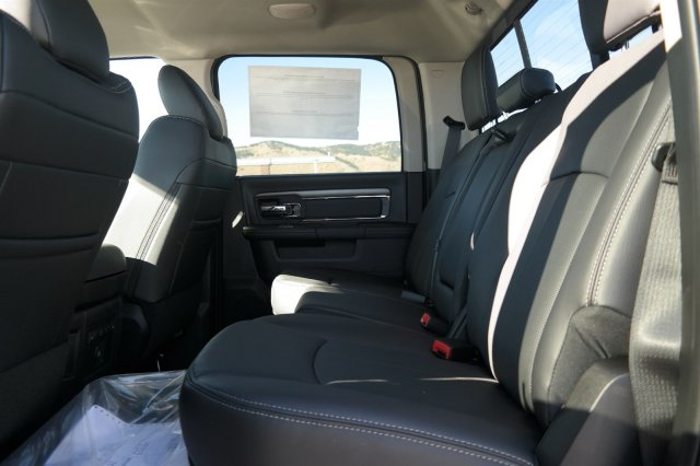 2018 Ram 2500 Crew Cab 4x4,  Pickup #181090 - photo 7