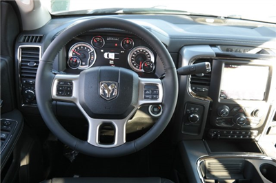 2018 Ram 2500 Crew Cab 4x4, Pickup #18112 - photo 12