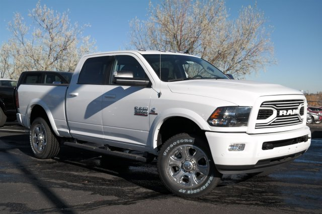2018 Ram 3500 Crew Cab 4x4 Pickup #18121 - photo 3