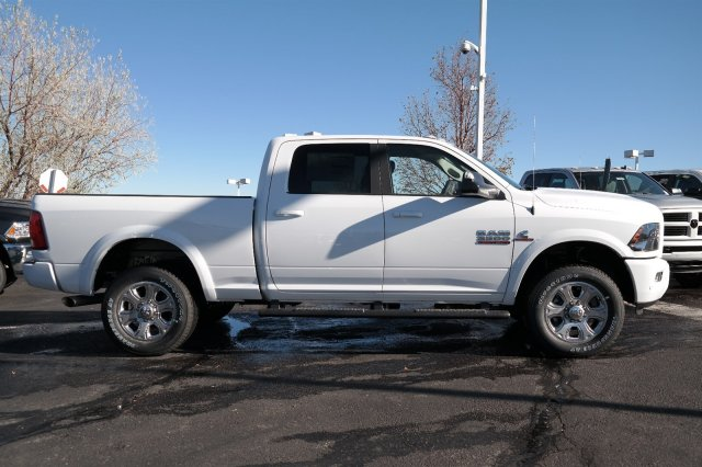 2018 Ram 3500 Crew Cab 4x4 Pickup #18121 - photo 4