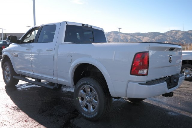 2018 Ram 3500 Crew Cab 4x4 Pickup #18121 - photo 2