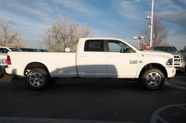 2018 Ram 3500 Crew Cab 4x4 Pickup #18175 - photo 4