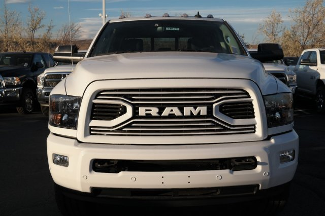 2018 Ram 3500 Crew Cab 4x4 Pickup #18175 - photo 8