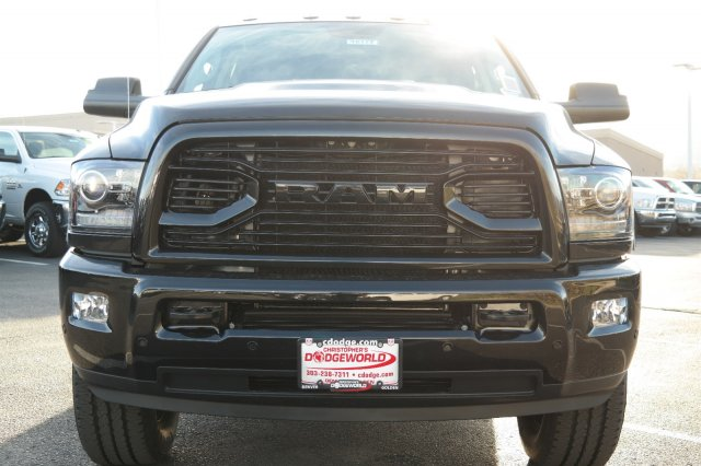 2018 Ram 3500 Crew Cab 4x4 Pickup #18177 - photo 8