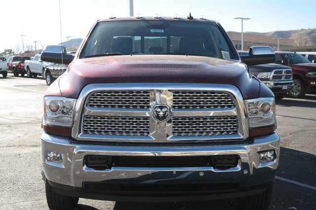 2018 Ram 3500 Crew Cab DRW 4x4 Pickup #18210 - photo 8