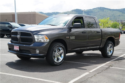 2018 Ram 1500 Crew Cab 4x4,  Pickup #18496 - photo 8