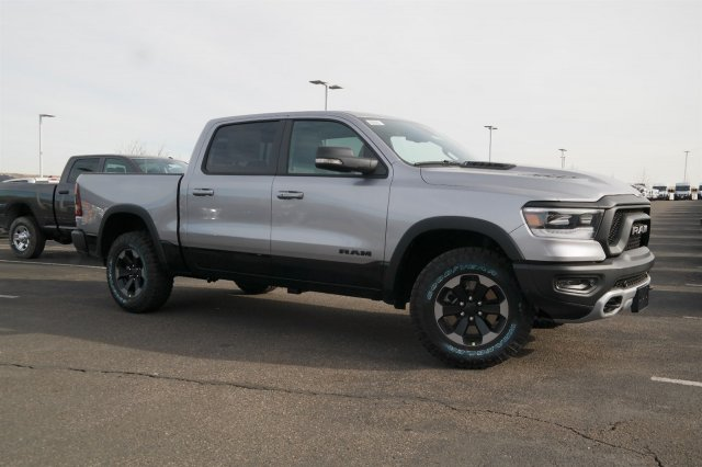 2019 Ram 1500 Crew Cab 4x4,  Pickup #19358 - photo 3