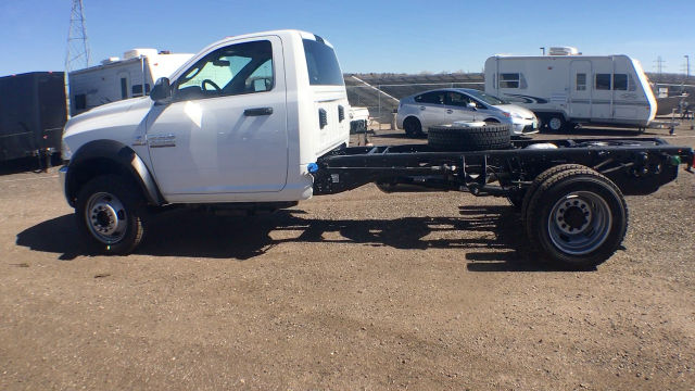 2017 Ram 5500 Regular Cab DRW 4x4, Cab Chassis #R1429 - photo 5