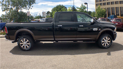 2017 Ram 3500 Crew Cab 4x4 Pickup #R1740 - photo 9