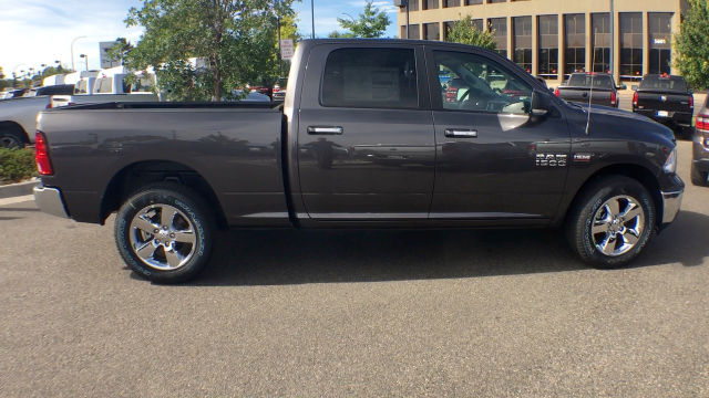 2018 Ram 1500 Crew Cab 4x4 Pickup #R1892 - photo 9