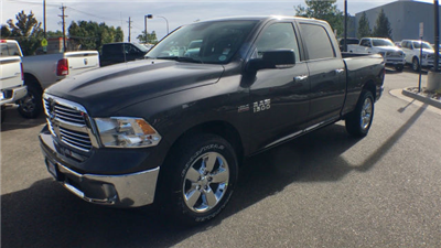 2018 Ram 1500 Crew Cab 4x4 Pickup #R1892 - photo 4