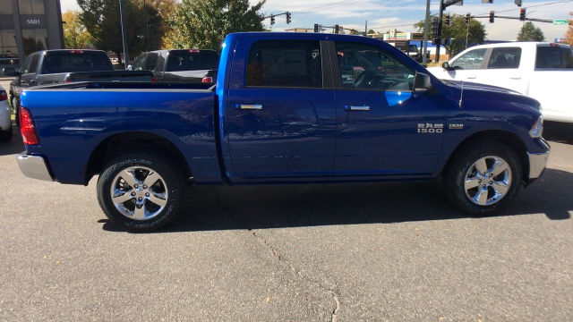 2018 Ram 1500 Crew Cab 4x4 Pickup #R1933 - photo 9