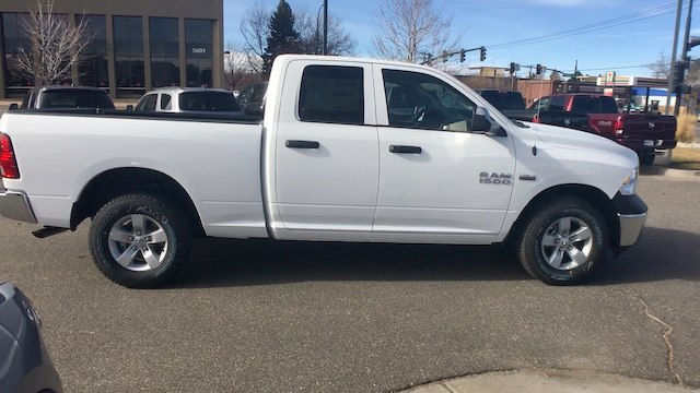 2018 Ram 1500 Quad Cab 4x4 Pickup #R1955 - photo 9