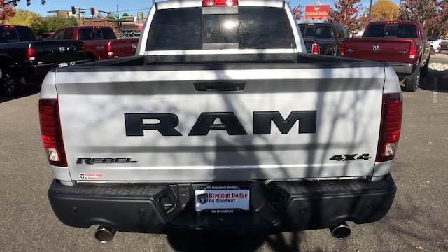 2018 Ram 1500 Crew Cab 4x4 Pickup #R1960 - photo 7