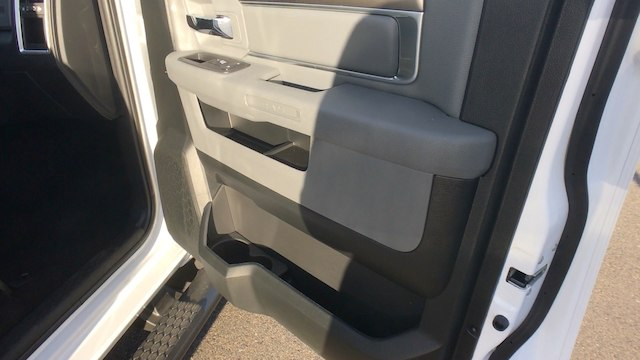 2018 Ram 1500 Crew Cab 4x4, Pickup #R1966 - photo 24
