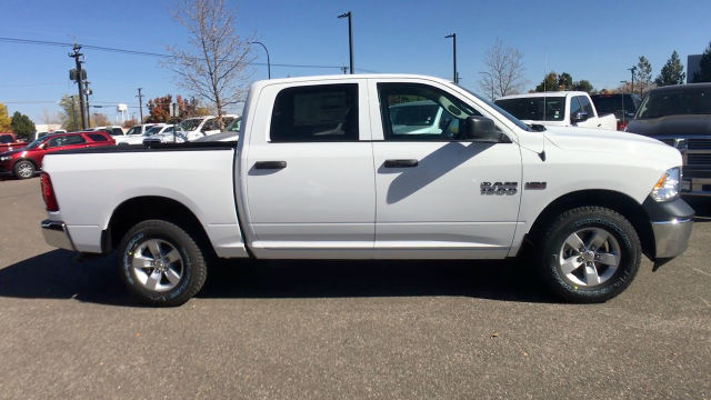 2018 Ram 1500 Crew Cab 4x4, Pickup #R2000 - photo 9