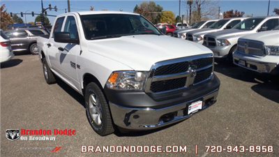 2018 Ram 1500 Crew Cab 4x4, Pickup #R2000 - photo 1