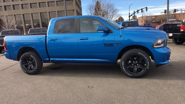2018 Ram 1500 Crew Cab 4x4, Pickup #R2207 - photo 9