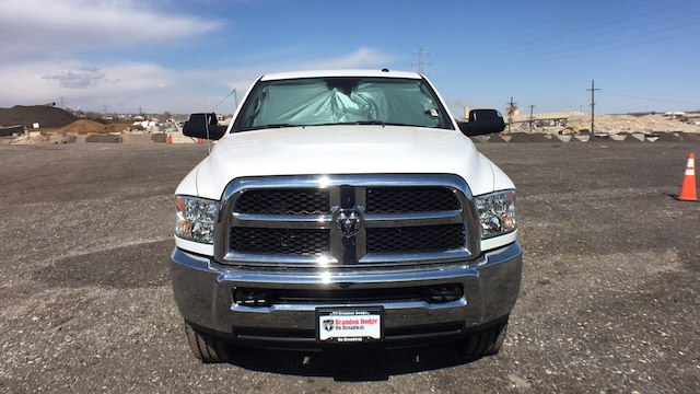 2018 Ram 3500 Crew Cab 4x4, Pickup #R2282 - photo 3