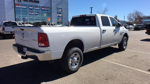 2018 Ram 3500 Crew Cab 4x4, Pickup #R2295 - photo 2