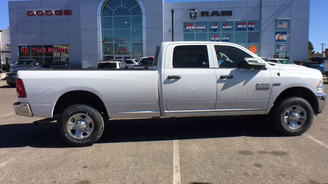 2018 Ram 3500 Crew Cab 4x4, Pickup #R2295 - photo 8
