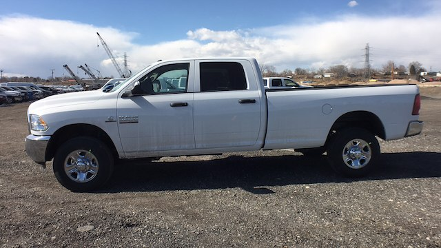 2018 Ram 2500 Crew Cab 4x4, Pickup #R2296 - photo 5