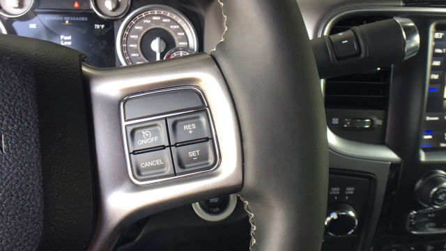 2018 Ram 3500 Crew Cab DRW 4x4, Pickup #R2323 - photo 17