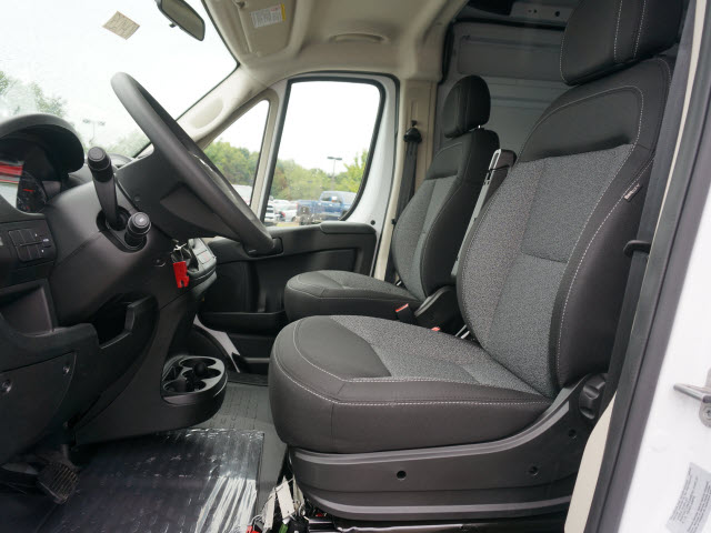 2017 ProMaster 2500 High Roof Cargo Van #QH028 - photo 9
