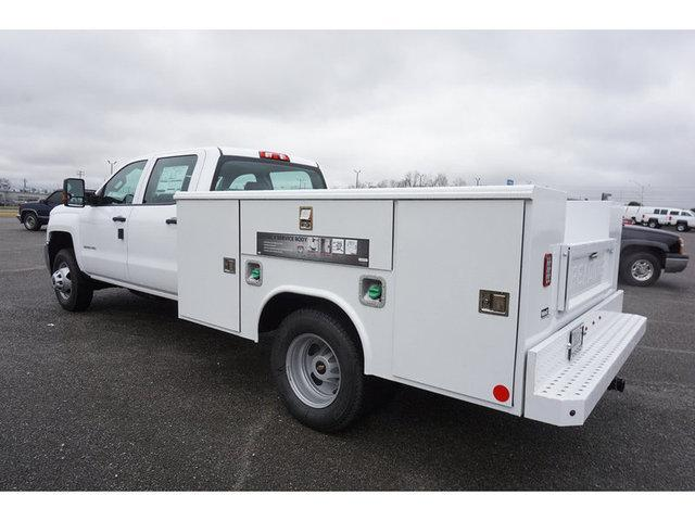 2019 Silverado 3500 Crew Cab DRW 4x2,  Reading Service Body #162651 - photo 4
