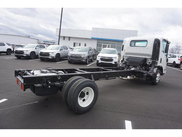 2020 Chevrolet LCF 3500 4x2, Cab Chassis #208950 - photo 1