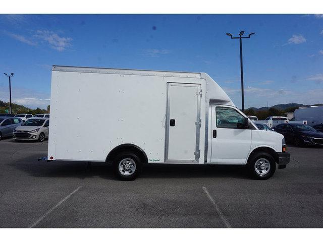 2020 Chevrolet Express 3500 4x2, Cutaway #265152 - photo 1