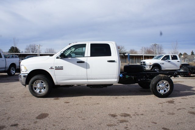 2018 Ram 3500 Crew Cab 4x4, Cab Chassis #6664K - photo 11