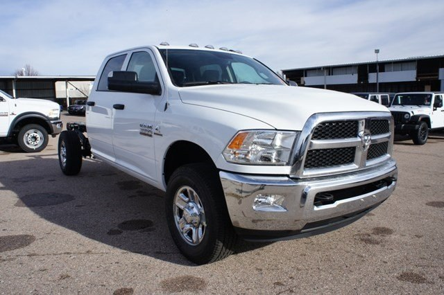 2018 Ram 3500 Crew Cab 4x4,  Cab Chassis #6664K - photo 4