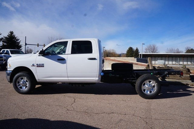 2018 Ram 3500 Crew Cab 4x4, CM Truck Beds RD Model Platform Body #6717K - photo 5