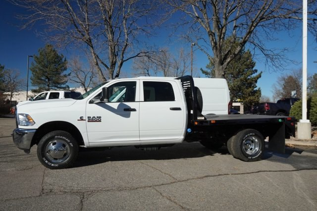 2018 Ram 3500 Crew Cab DRW 4x4,  Bedrock Platform Body #6784L - photo 3