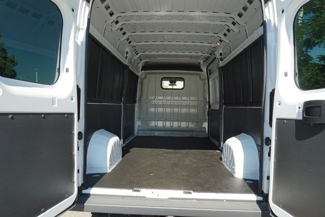 2018 ProMaster 2500 High Roof 4x2,  Empty Cargo Van #6858K - photo 2