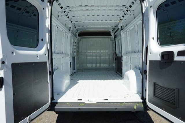 2018 ProMaster 2500 High Roof FWD,  Empty Cargo Van #6873K - photo 2
