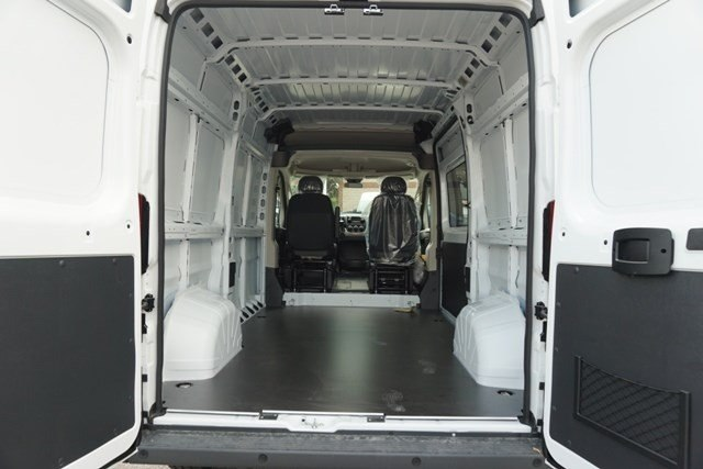 2018 ProMaster 1500 High Roof 4x2,  Empty Cargo Van #6977K - photo 2