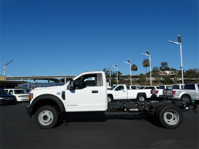 2017 F-550 Regular Cab DRW Cab Chassis #HEB22572 - photo 3