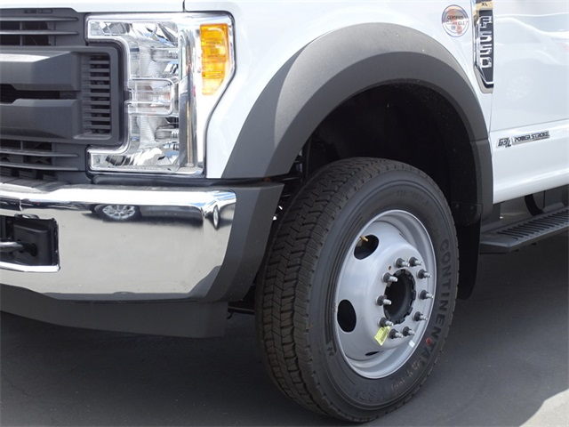 2017 F-550 Crew Cab DRW, Scelzi Contractor Body #HEC82824 - photo 4