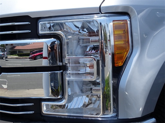 2017 F-250 Crew Cab 4x4, Pickup #HED32100 - photo 21