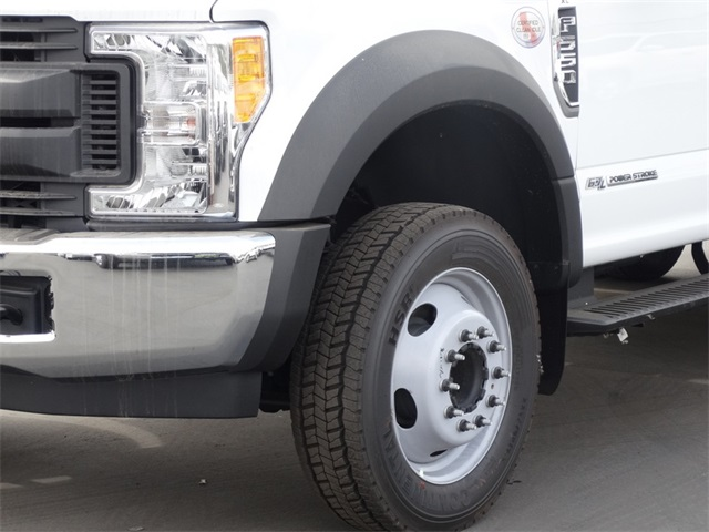 2017 F-550 Regular Cab DRW Contractor Body #HEE29460 - photo 16