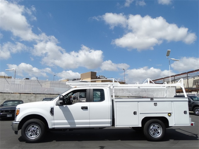 2017 F-350 Super Cab, Scelzi Signature Service Service Body #HEE51487 - photo 3