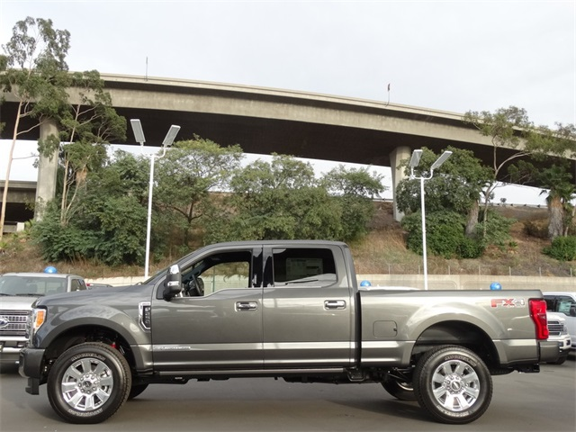 2017 F-250 Crew Cab 4x4 Pickup #HEE57331 - photo 3