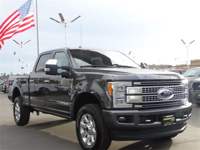 2017 F-250 Crew Cab 4x4 Pickup #HEE57331 - photo 28