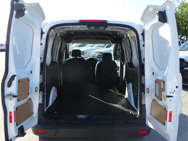 2018 Transit Connect 4x2,  Empty Cargo Van #J1344509 - photo 2
