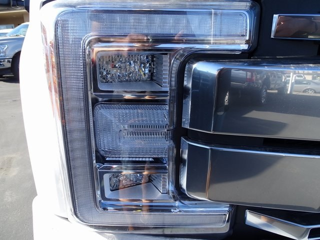 2018 F-250 Crew Cab 4x4, Pickup #JEB10915 - photo 28