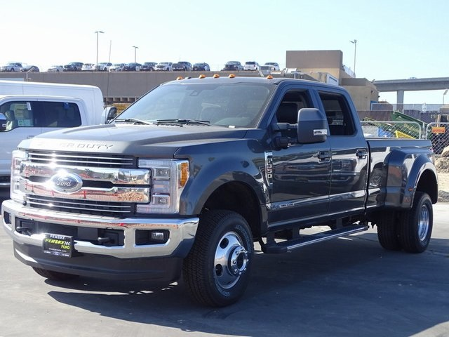 2018 F-350 Crew Cab DRW 4x4,  Pickup #JEB82711 - photo 26