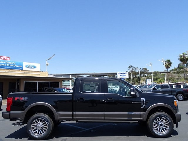 2018 F-250 Crew Cab 4x4, Pickup #JEC19296 - photo 3